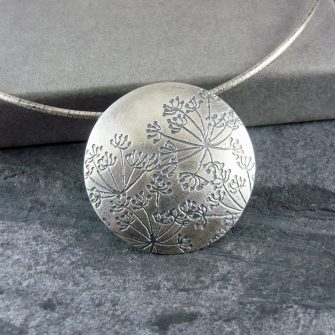 Cow Parsley (Hundkex) Large Silver Disc Pendant