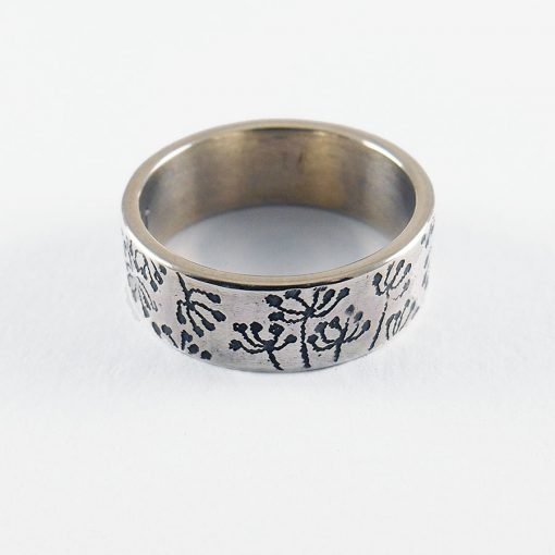 Cow Parsley Ring in silver