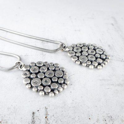 Cobblestone pendant in silver
