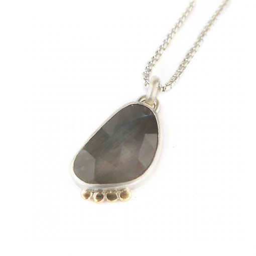 Grey Sapphire and gold pendant