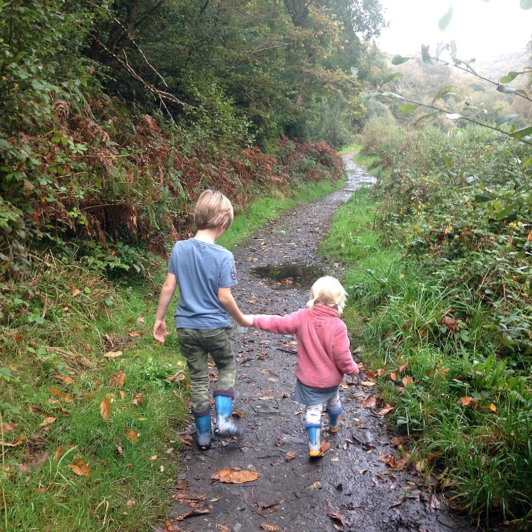 autumn walk with the kids