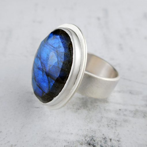 one off labradorite and silver ring