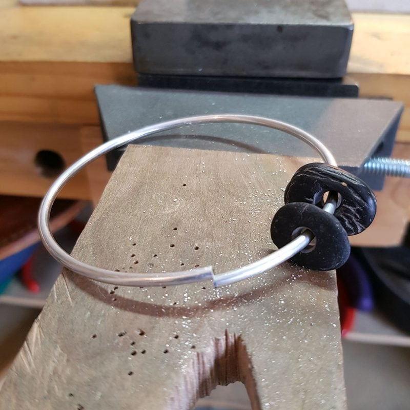 the making of a pebble bangle 3