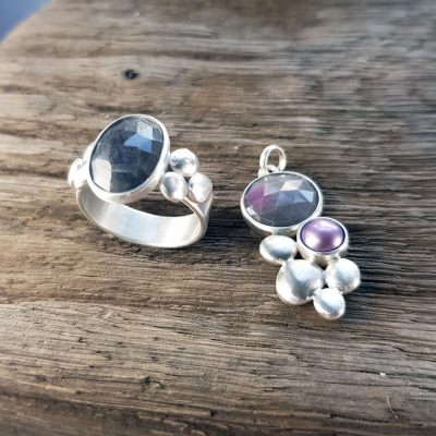 Sapphire and silver pebbles ring and sapphire, pearl and silver pebble pendant
