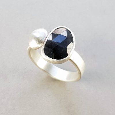 Grey sapphire and silver pebble ring in brushed silver